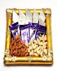 Send Diwali Sweets Thali Gifts
