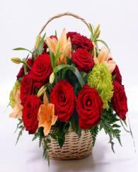 20 Red Rose Basket